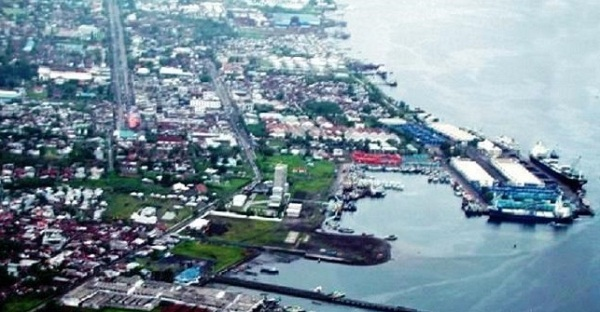 Masterplan KEK Bitung. KEK Bitung diharapkan menjadi pusat distribusi barang dan kebutuhan ekonomi antar Indonesia dengan Negara Asia Pasifik.