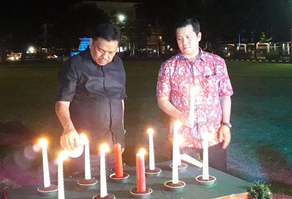 ODSK saat menyalakan lilin tanda terang bagi Sulut dan Indonesia