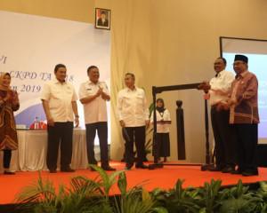 Gubernur Olly : Semua Kabupaten dan Kota Bisa Raih Opini WTP