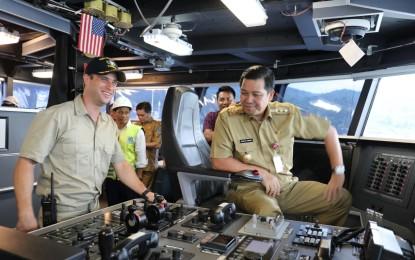 Kapal USNS Brunswick Bersandar di Bitung, Wagub Kandouw : Ini Suatu Kehormatan