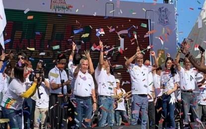 Puluhan Ribu Kaum Millenial Manado Deklarasi Keselamatan Berlalulintas