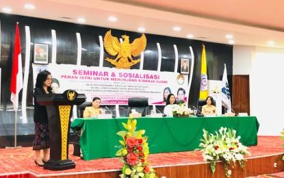 Tiga Poin Ini Disampaikan Ibu Rita saat Jadi Keynote Speech di Seminar Unsrat