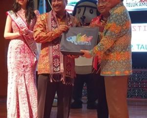 Walikota Manado GSV Lumentut Hadiri Launching Calender of Event 2019 North Sulawesi
