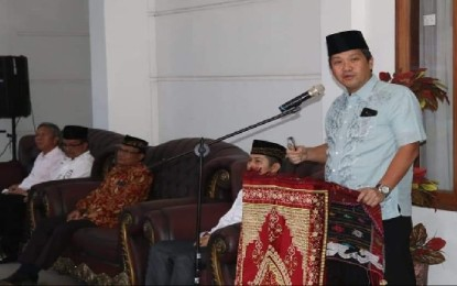 Wagub Kandouw Buka Puasa Bersama Umat Muslim Bitung