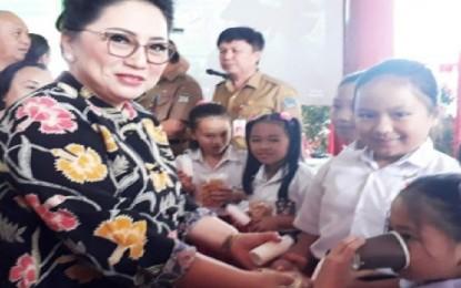 Ibu Rita Ajak Anak Usia Sekolah Minum Susu Murni