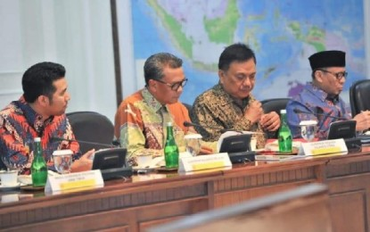 Gubernur Olly Hadiri Ratas dengan Jokowi, Bahas Progres PLTSa