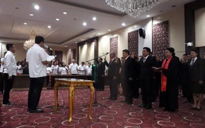Wagub Kandouw Lantik Sejumlah Pejabat Pemprov Sulut