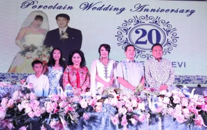 Hadiri Perayaan HUT Perkawinan ke-20 Keluarga Kandouw-Tanos, Gubernur Olly : Semua Berkat Peran dari Istri yang Hebat