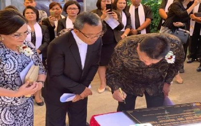 Gubernur Olly Resmikan Pastori GMIM Nimahesaan Pinaras