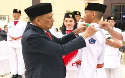 Gubernur Olly Kukuhkan 30 Anggota Paskibraka Sulut