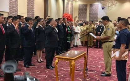 Gerbong Mutasi Bergerak Lagi, Gubernur Olly Ingatkan Integritas