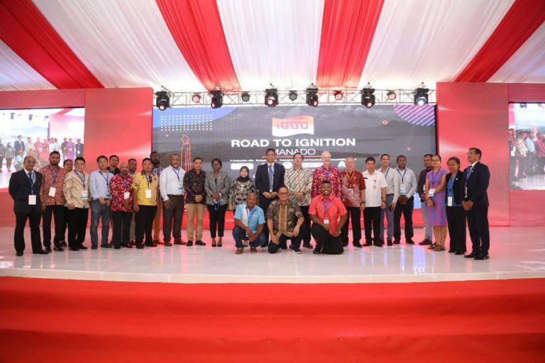 Foto bersama para perwakilan negara peserta Business Summit