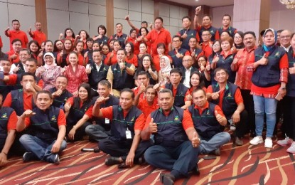 Mensos RI Juliari Batubara dan Wagub Kandouw Beri Motivasi Bagi TKSK Sulut