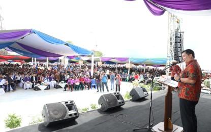 Hadiri HUT ke 13 Lansia GMIM, Wagub Kandouw Puji Semangat Lansia