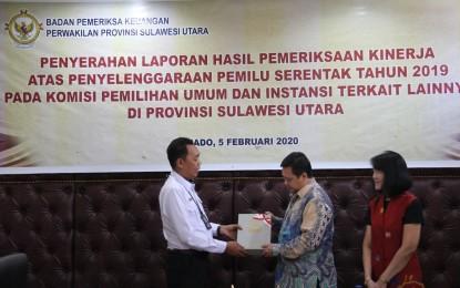 Perwakilan BPK Sulut,  Serahkan Hasil Pemeriksaan Kinerja KPU Sulut