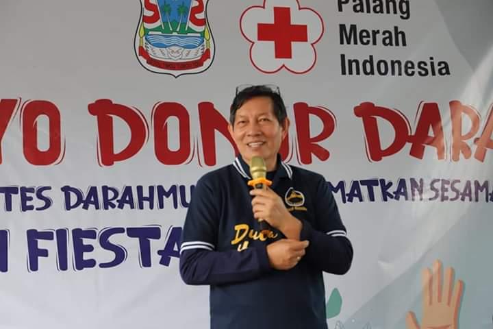 Walikota GSV Lumentut saat menyampaikan sambutan