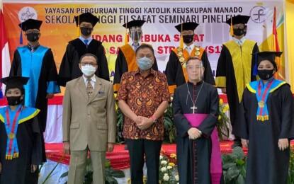 Begini Pesan Gubernur Olly Bagi Wisudawan/ti STFSP