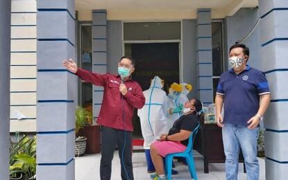 Sambut HUT Kemerdekaan RI Ke-75, Warga Kecamatan Madidir Hadiri Swab Masal