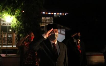 Wagub Kandouw Ikut Apel Kehormatan dan Renungan Suci di TMP Kairagi Manado