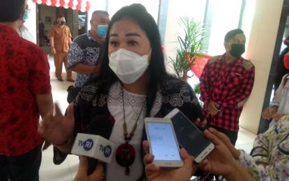 Sandra Rondonuwu Minta Perhatikan Nasib Petani di Desa Tokin dan Karimbow