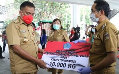 Gubernur Olly Salurkan 60 Ton Beras untuk Masyarakat Terdampak Pandemi Covid-19