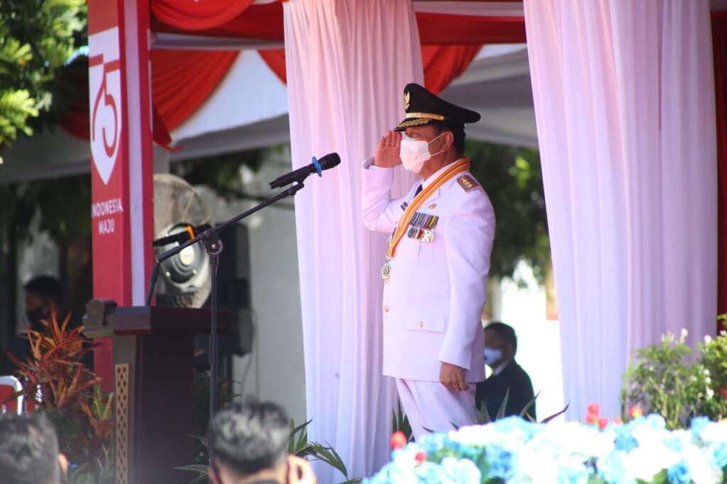 Wali Kota Bitung, Max J Lomban, Inspektur Upacara HUT Kemerdekaan RI Ke-75.