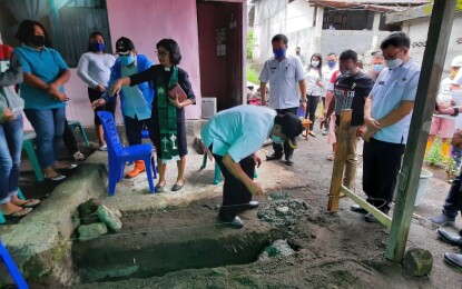 Max Lomban Letakan Batu Pertama Bantuan Rumah Swadaya