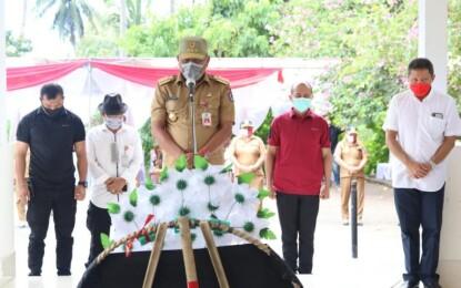 Gubernur Olly Ziarah ke Makam CJ Rantung dan HV Worang