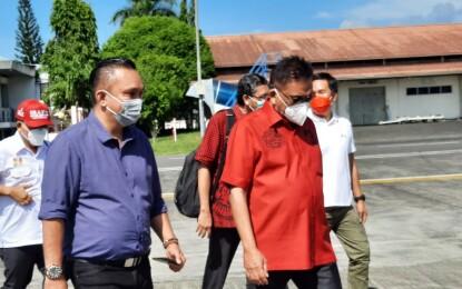 Menuju Sangihe, Olly Lantik Pengurus PAC dan Relawan Barols