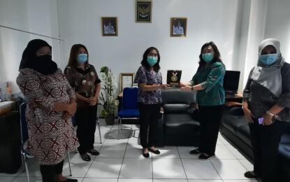 Prestasi MJL, Kota Bitung Terima Penghargaan Stop BABS