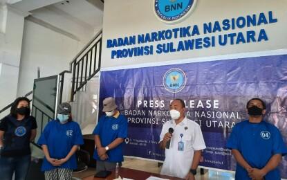 BNNP Sulut Tangkap Pasutri Saat Konsumsi Sabu di Minahasa Utara