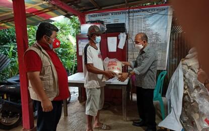 Dampingi SARUAN, TIMPOROK Salurkan Bantuan Beras PPKM Ke-131 KPM