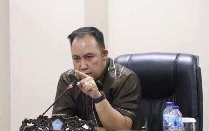 CNR Resmi Gantikan Winsulangi Salindeho Sebagai Ketua Bapemperda