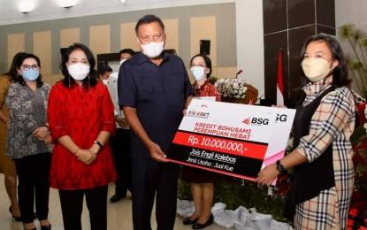 "Gubernur Olly Dampingi Menteri RI P3A Dalam Launching ""Tabungan dan Kredit Bohusami Perempuan Hebat"""