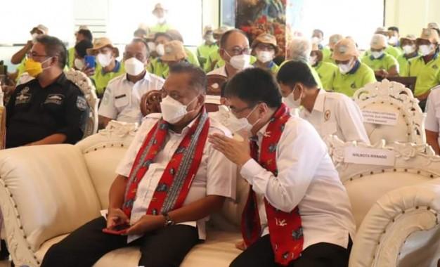 Walikota Andrei Angouw Dampingi Gubernur Sulut Hadiri Acara Sekolah Lapang Cuaca Nelayan Sulut